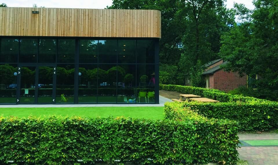 00000005-fagus-beech-resort-retreat-commercial-restaurant-landscape-garden-hedge-outdoor-eating-seating