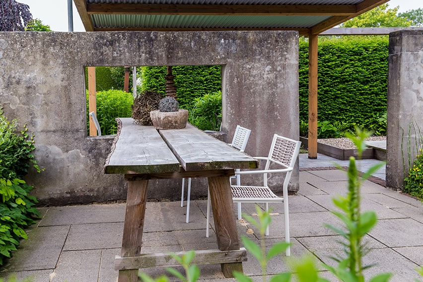 1113985514-taxus-yew-hedge-tall-privacy-green-evergreen-modern-contemporary-landscape-garden-concrete-stone-table-patio-outdoor-eating