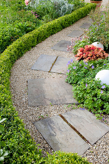 39778-Boxwood-Buxus-hedge-path-garden-InstantHedge-border
