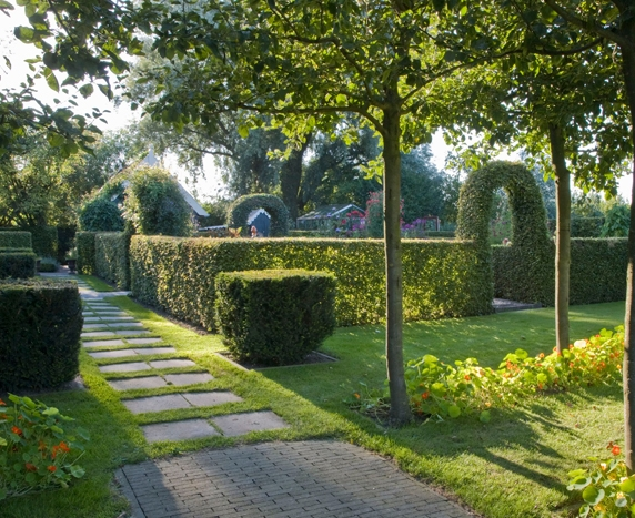 formal garden design and ideas