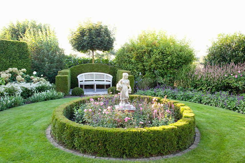 53692-thuja-arborvitae-hedge-low-border-tall-privacy-formal-knot-garden-cottage-bench-sculpture-statue-flower-border-summer