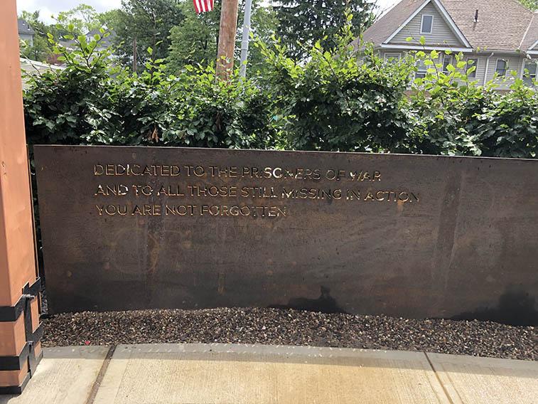 European beech hedge Cerbo's Project War Memorial (2)